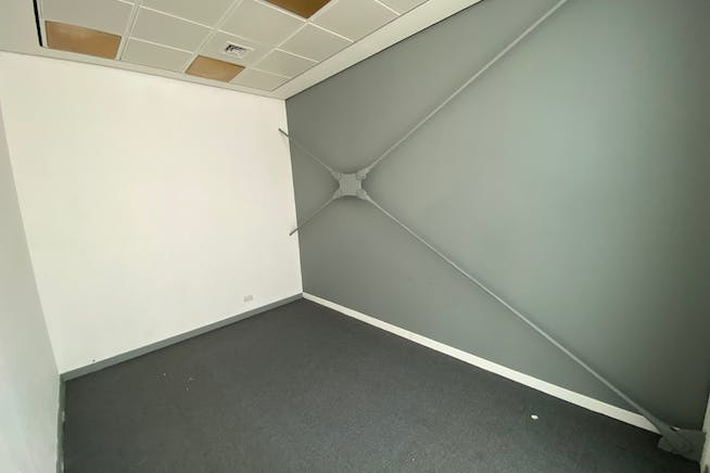 The Hub, 123 Star Lane, Canning Town, Office To Let - IMG_2324.jpg