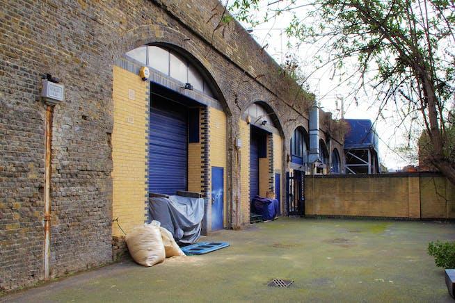 Arch 398 Mentmore Terrace, London Fields, Industrial To Let - External 2, 398-399.jpg