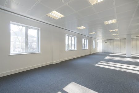 Chiswick Gate, Chiswick, London, Office To Let - 015_Property.jpg