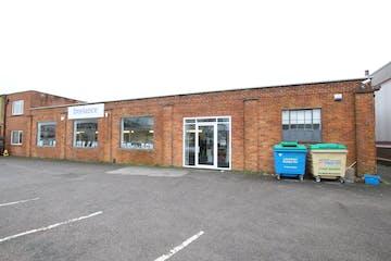 Unit 1, Plot 2 Farnham Trading Estate, Farnham, Retail / Trade Counter To Let - IMG_9408.JPG