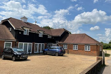 Chequers Barn, Edenbridge, Offices To Let - Chequers Barn pic.jpg