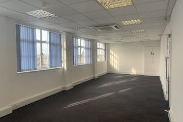Third Floor, Manor House, Leatherhead, Offices To Let - IMG_4702.jpg