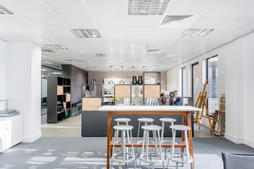 Sentinel House, Marylebone, London, Office To Let - Informal meeting sapce.jpg