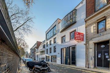 20-21 Jockey's Fields, London, Offices To Let - 8405896-exterior04.jpg