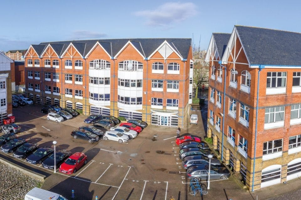 3 Waterside Place, Southampton
