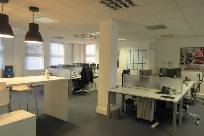 Suite 6, The Monument, 45-47 Monument Hill, Weybridge, Offices To Let - IMG_2211.JPG