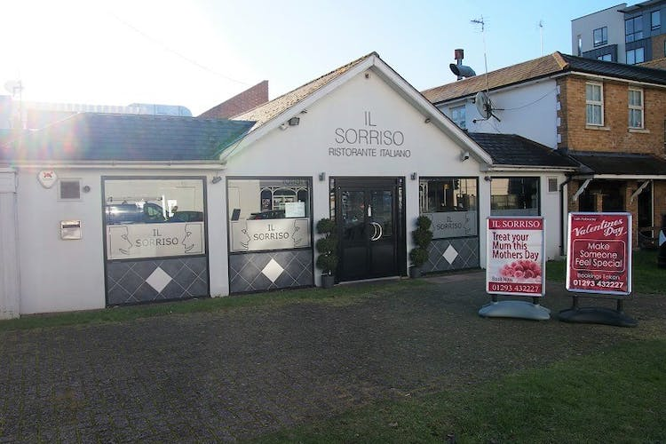 2 Consort Way, Horley, Retail For Sale - front.jpg