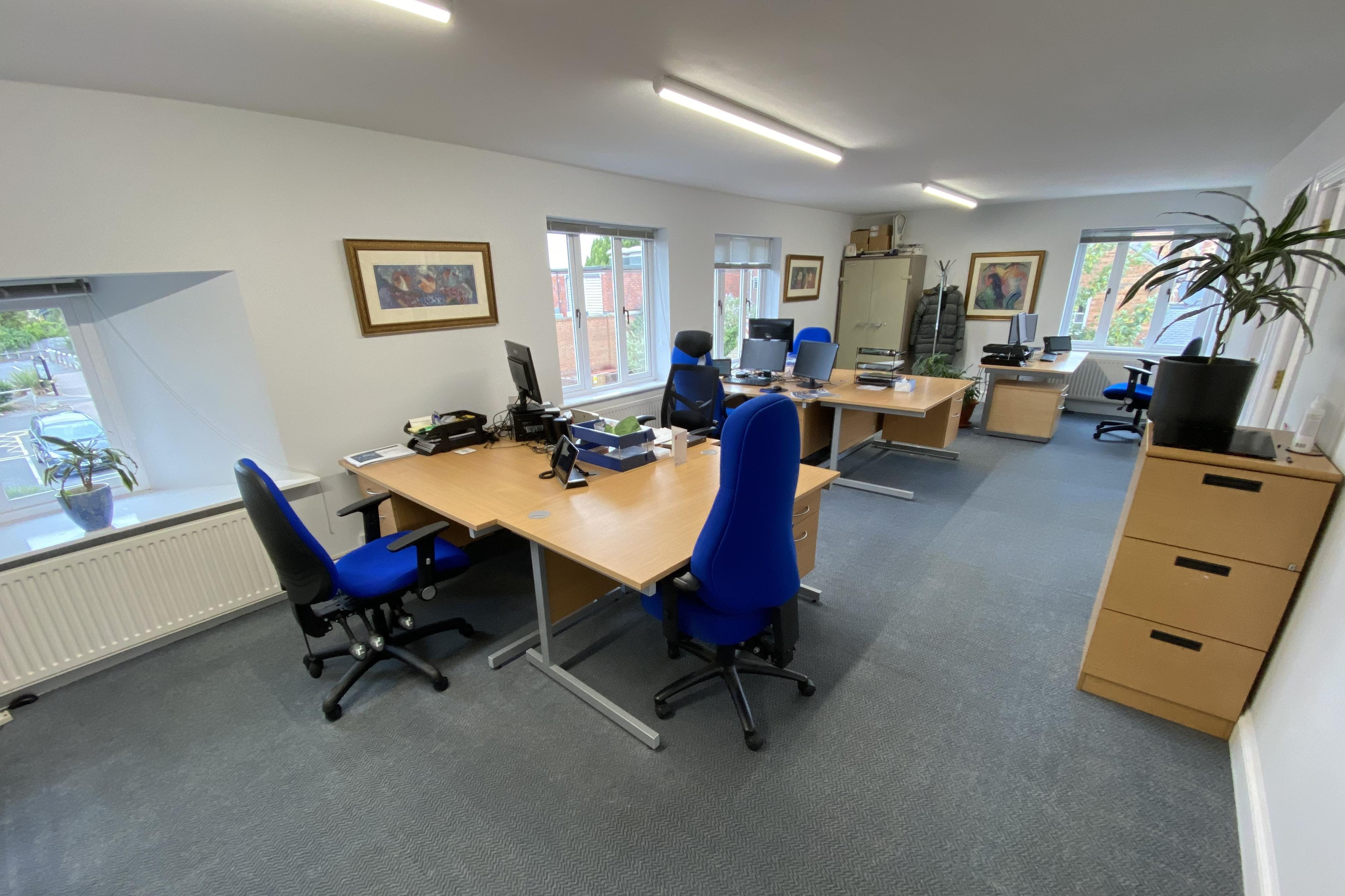 15 Dorchester Place, Thame, Office To Let - MAIN OFFICE INT.JPG