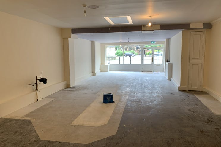 7A The Square, Petersfield, Retail / Restaurant / Takeaway / Restaurant / Takeaway To Let - Photo 18062021 12 22 07.jpg