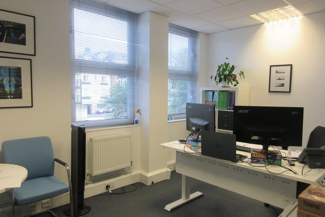 Suite 6, The Monument, 45-47 Monument Hill, Weybridge, Offices To Let - IMG_2216.JPG