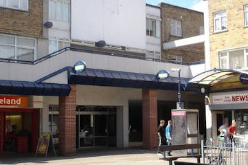 Unit 35-37, Greywell Shopping Centre, Havant, Retail To Let - 238-1026.jpg