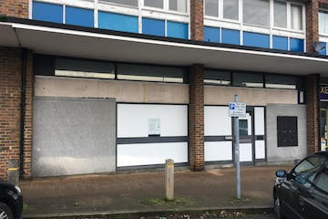 7 & 8 Kings Parade, London Road, Camberley, Retail To Let - IMG_1113.JPG