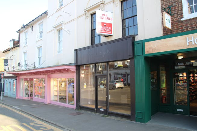 4 West Street, Farnham, Retail To Let - IMG_0857.JPG