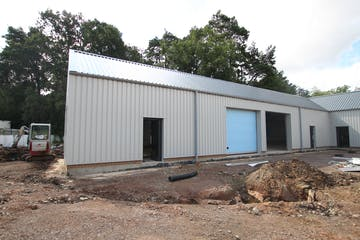 Unit 4, Dracott Park, Normandy, Warehouse & Industrial To Let - IMG_1703.JPG