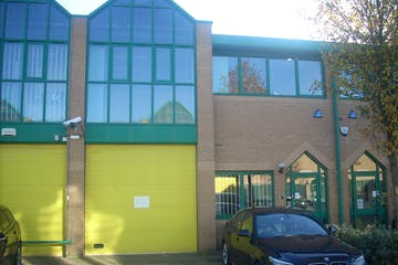 Unit 3, Brickfields Industrial Park, Kiln Lane, Bracknell, Industrial To Let - DSCN5628.JPG