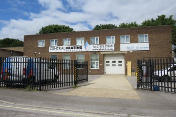25 Invincible Road, Farnborough, Warehouse & Industrial For Sale - IMG_0397.JPG