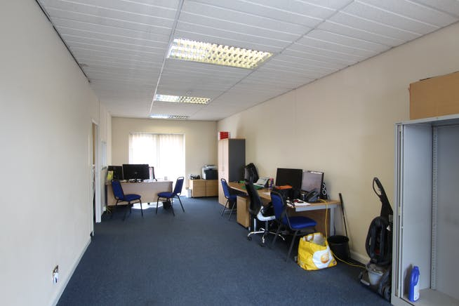 2C Priory Court, Tuscam Way, Camberley, Offices To Let - IMG_7864.JPG