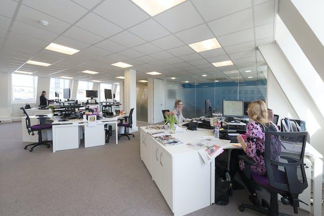 25 To 29 Queen Street, Maidenhead, Office To Let - Third floor 10.jpg