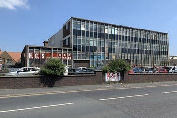 137 Wellington Road, Brighton, Industrial / Retail For Sale - Front elevation.JPG