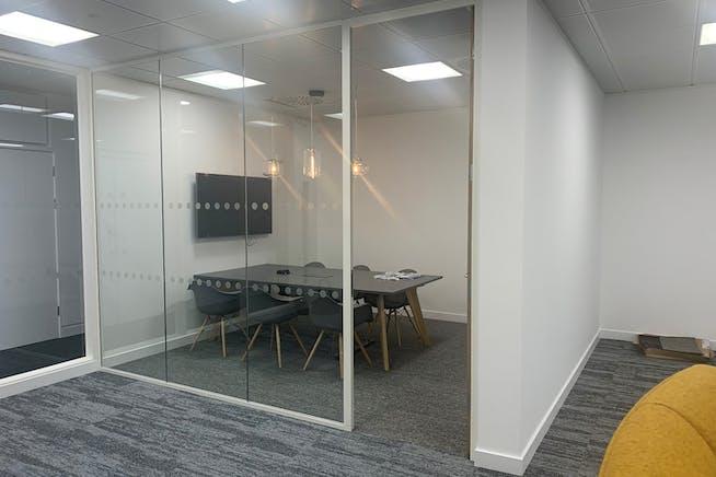 The Lightbox, Bracknell, Offices To Let - 2.jpg