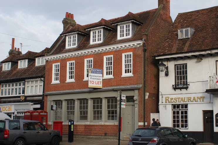 Former Banking Hall, Ground Floor, 8 Market Square, Westerham, Retail To Let - DSC04752.JPG