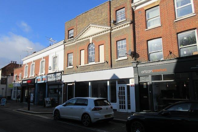 111-113 Guildford Street, Chertsey, Retail To Let - IMG_2142.JPG