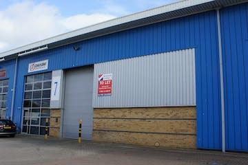 Unit 7 IO Centre, Radway Road, Swindon, Industrial To Let - 7 IO Centre.JPG