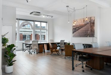 40-44 Newman Street, Fitzrovia, Office To Let - 40-44 Newman Street, Fitzrovia, office for rent, desks 2 ┬®JSP_LowRes.jpg - More details and enquiries about this property