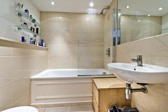 Flat 2 Regency House, Hortensia Road, Chelsea, Residential To Let - Flat 2 Regency3.jpg