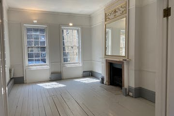 2 Hinde Street, Marylebone, London, Office / Retail To Let - 2_Hinde_Street_commercial_officespace_to_be_let_Marylebone_rear_office.jpg