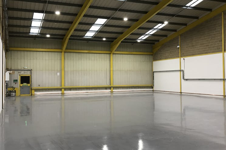 Unit 3 Springlakes Industrial Estate, Aldershot, Warehouse & Industrial To Let - Warehouse internal 1
