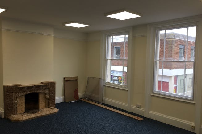 2 High Street Mews, Poole, Office To Let - 05.jpg