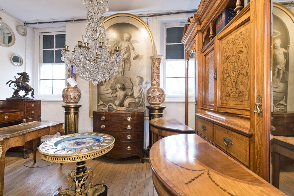 The Furniture and Arts Building, 533 Kings Road, Chelsea,  Sw10, Office / Retail To Let - showroom@533 kings rd-5096 low.jpg