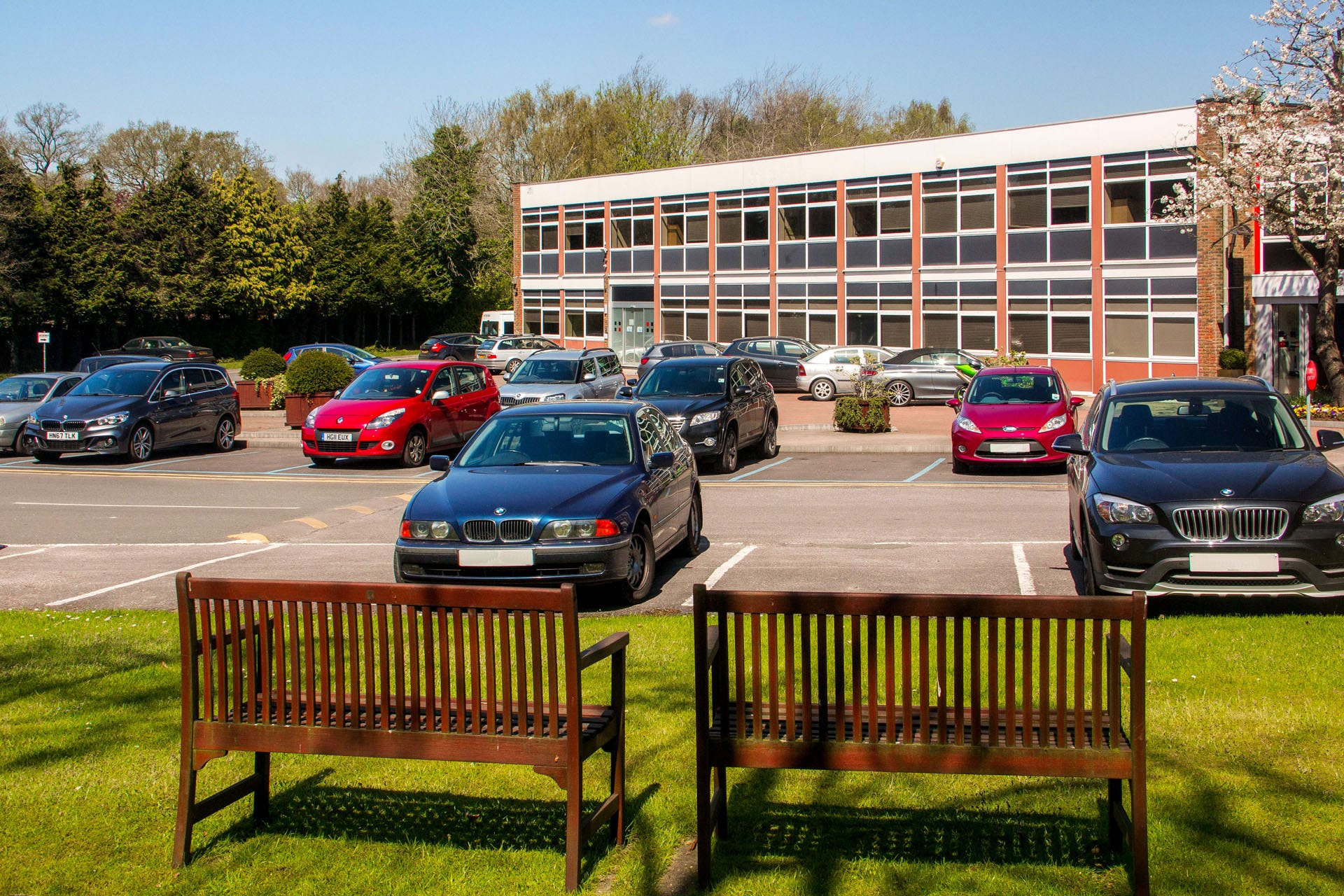 Lansbury Business Estate, 102 Lower Guildford Road, Knaphill, Woking, Office To Let - LBE-unit-17-23-1920.jpg