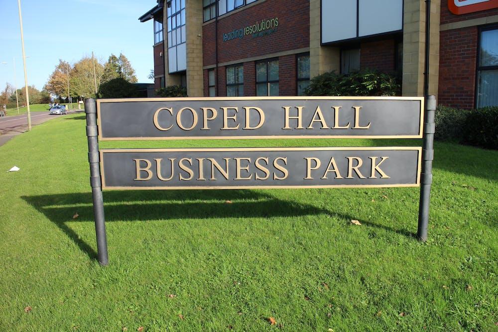 Unit 8, Coped Hall Business Park - IMG_0973.JPG
