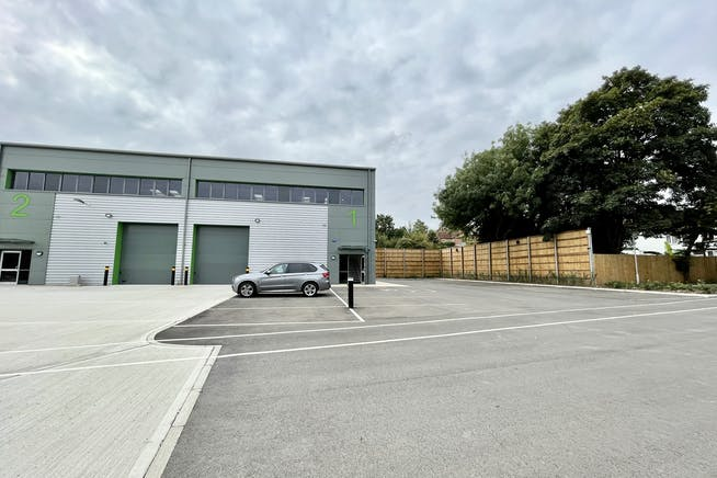 Unit 1 Elia Close, High Wycombe, Industrial To Let - IMG_7462.jpg