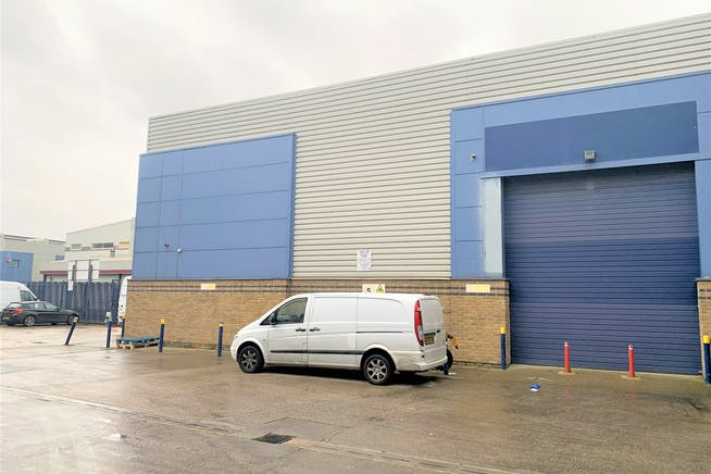 Units 3, 11 And 16, Linford Street Business Estate, Battersea, Industrial To Let - Unit 16.JPG