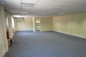 First Floor Offices, Building K, Alpha 319, Chobham Business Centre, Chertsey Road, Woking, Offices To Let - IMG_6286.JPG