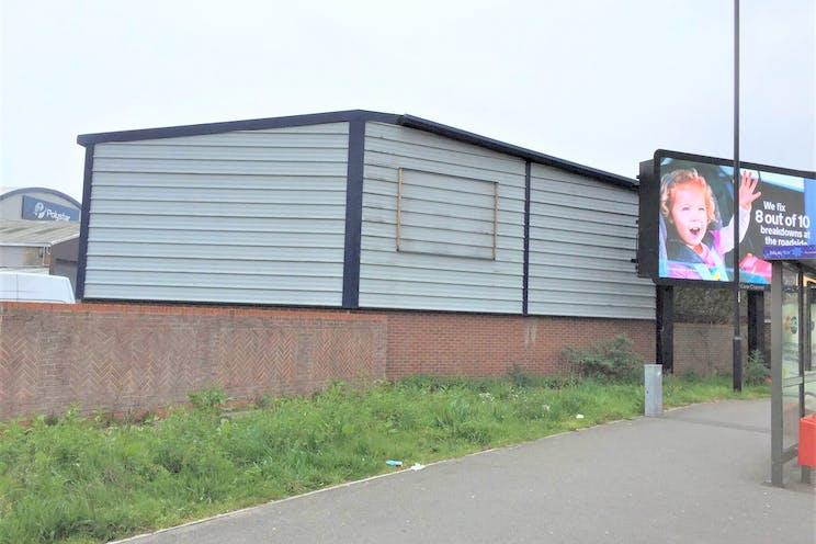 6 The Glenmore Centre, Southampton, Industrial To Let - s71vTvQo.jpg