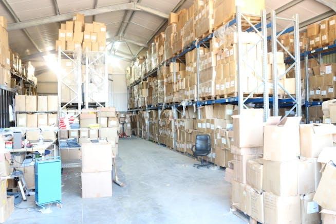 Unit 5, White Hill Farm, Henley-on-Thames, Industrial To Let - White Hill Farm Unit 5 Warehouse 2.JPG