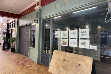 14-16  Queens Avenue, Hastings, Retail To Let - IMG_4414.jpg