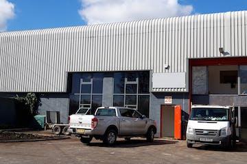 26 Eagle Court, Roentgen Roiad, Basingstoke, Warehouse & Industrial To Let - Image 1