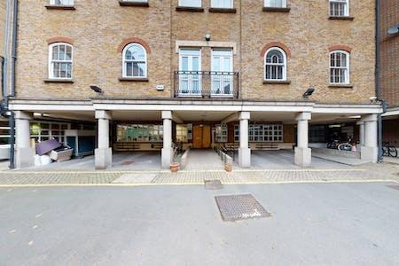 3 Bath Place, 3 Bath Place, London, Office To Let - Space Photo 21.jpg