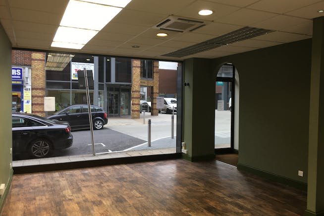 4A Cleary Court, Cleary Court, Woking, Retail To Let - IMG_1776.JPG