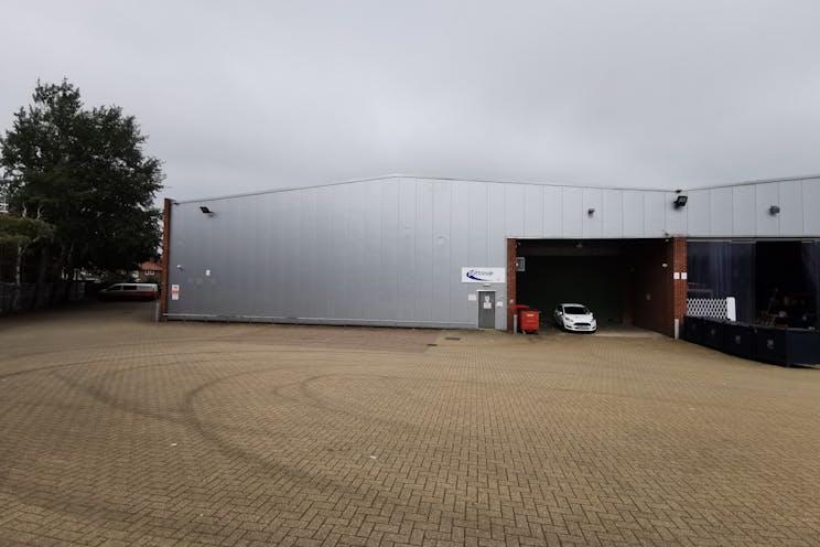 Unit C5 Octimum, Kingswey Business Park, Woking, Warehouse & Industrial To Let - External Rear.jpg
