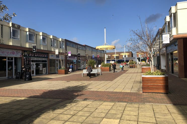 Unit 12, The Boulevard, Waterlooville, Retail To Let - IMG_0429.JPG