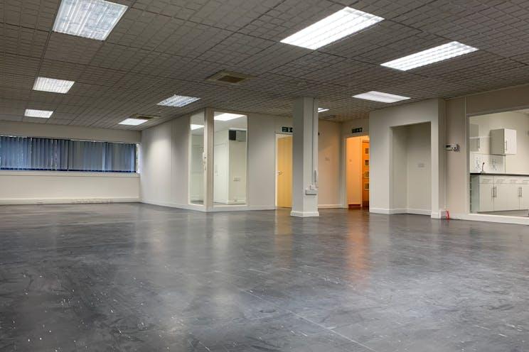 Unit D1 Fareham Heights, Fareham, Office For Sale - FjTEiRFw.jpeg
