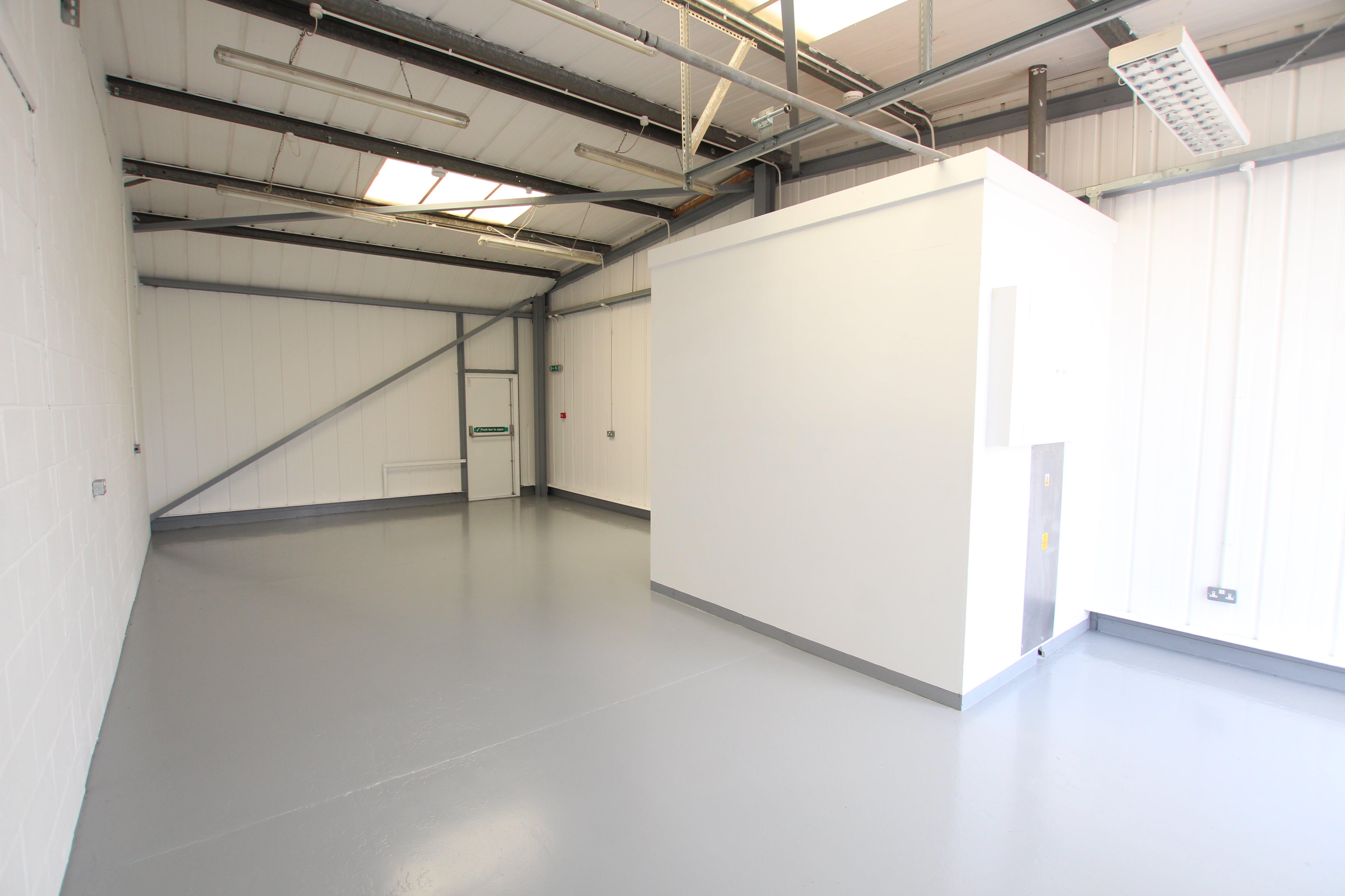 19 Enterprise Estate, Station Road West, Aldershot, Warehouse & Industrial To Let - IMG_9842.JPG