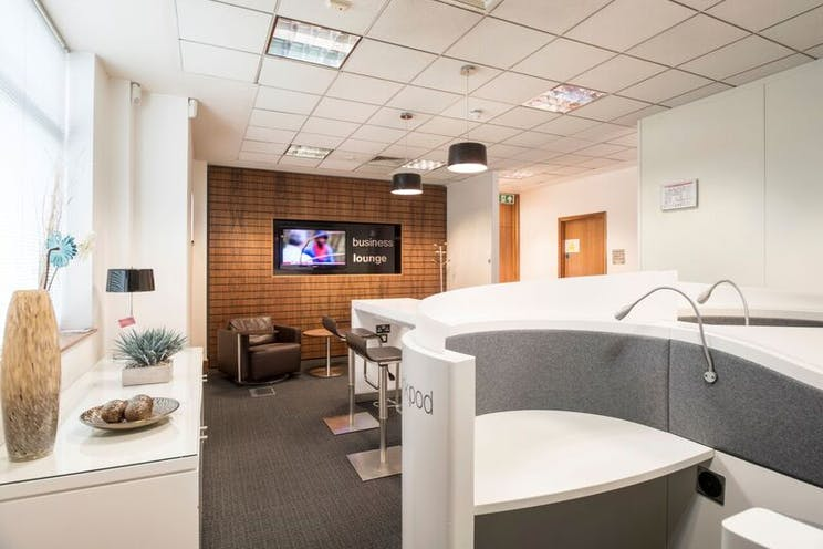 Quatro House, Camberley, Offices To Let - regus camberley 5.jpg