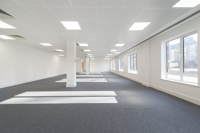Chiswick Gate, London, Office To Let - 006_Property (1).jpg